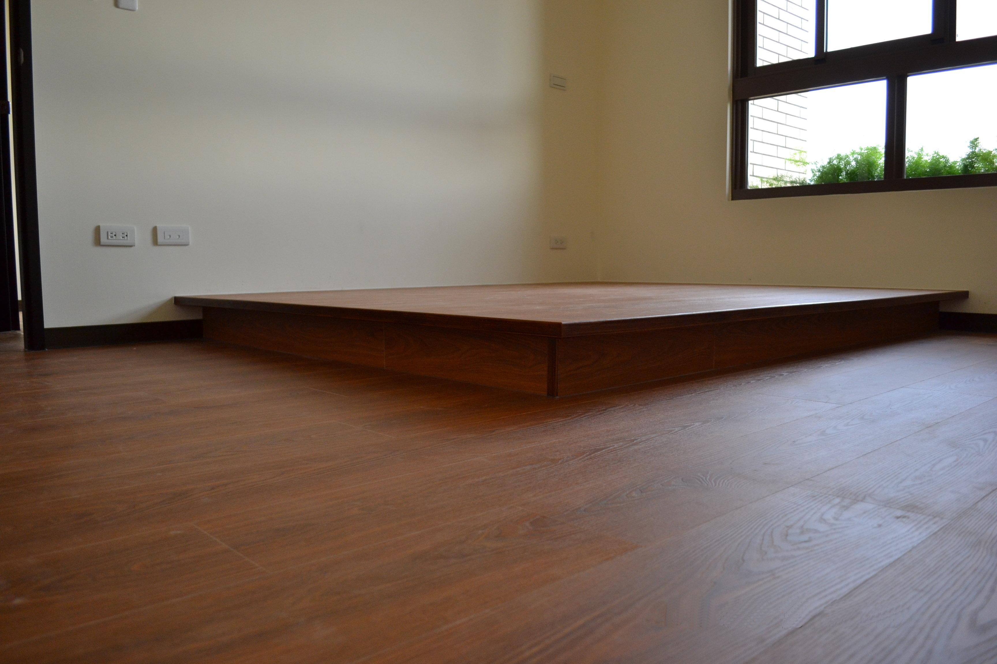 美耐板超耐磨地板-同步立體紋 星空系列 獅子