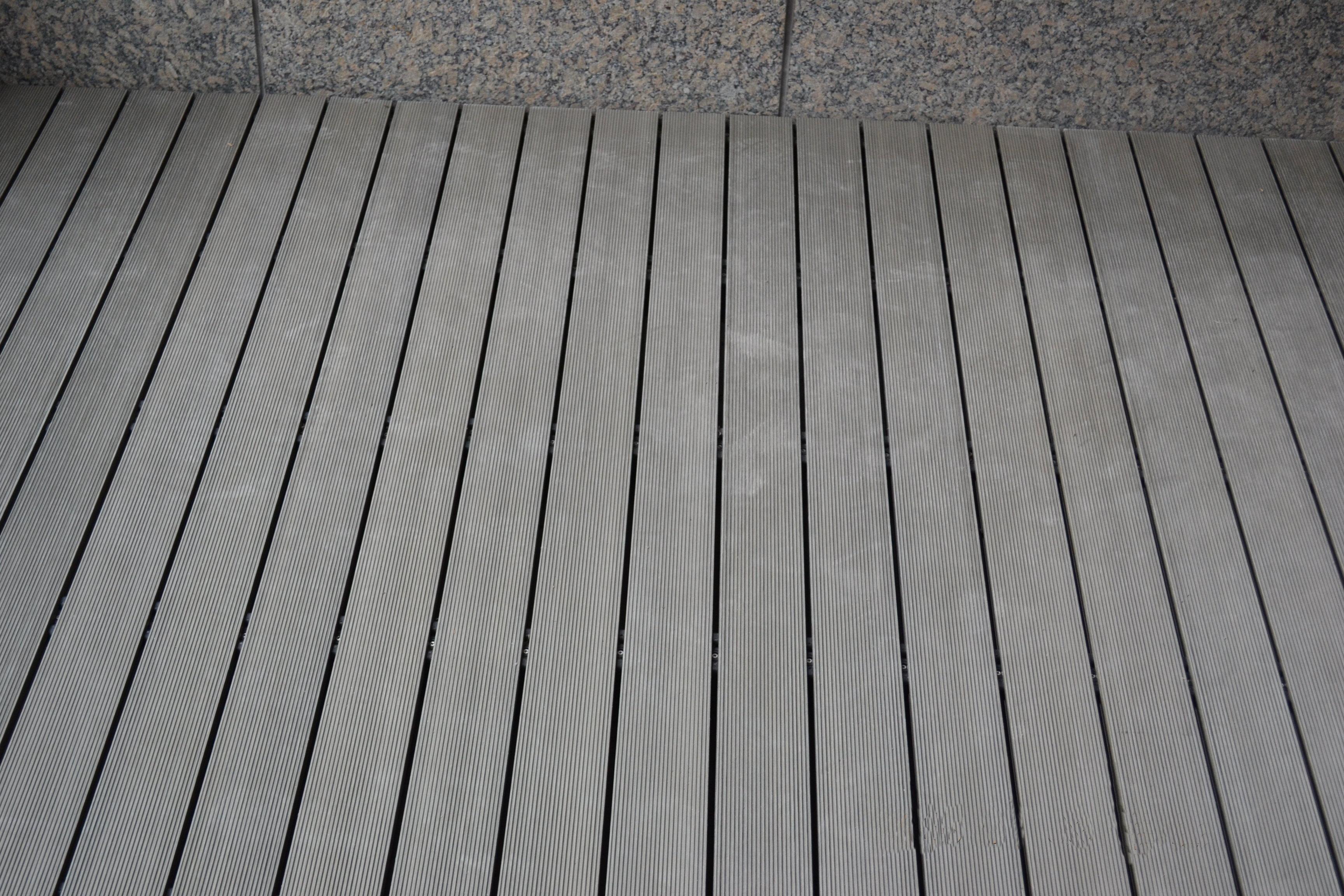 室外塑木地板3寸胡桃色
