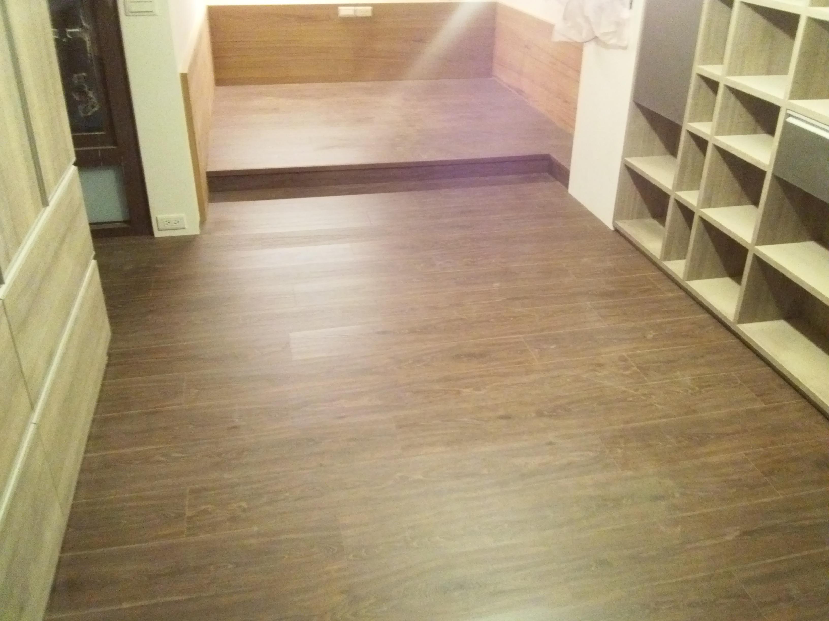 超耐磨地板 同步立體紋系列 亞馬遜