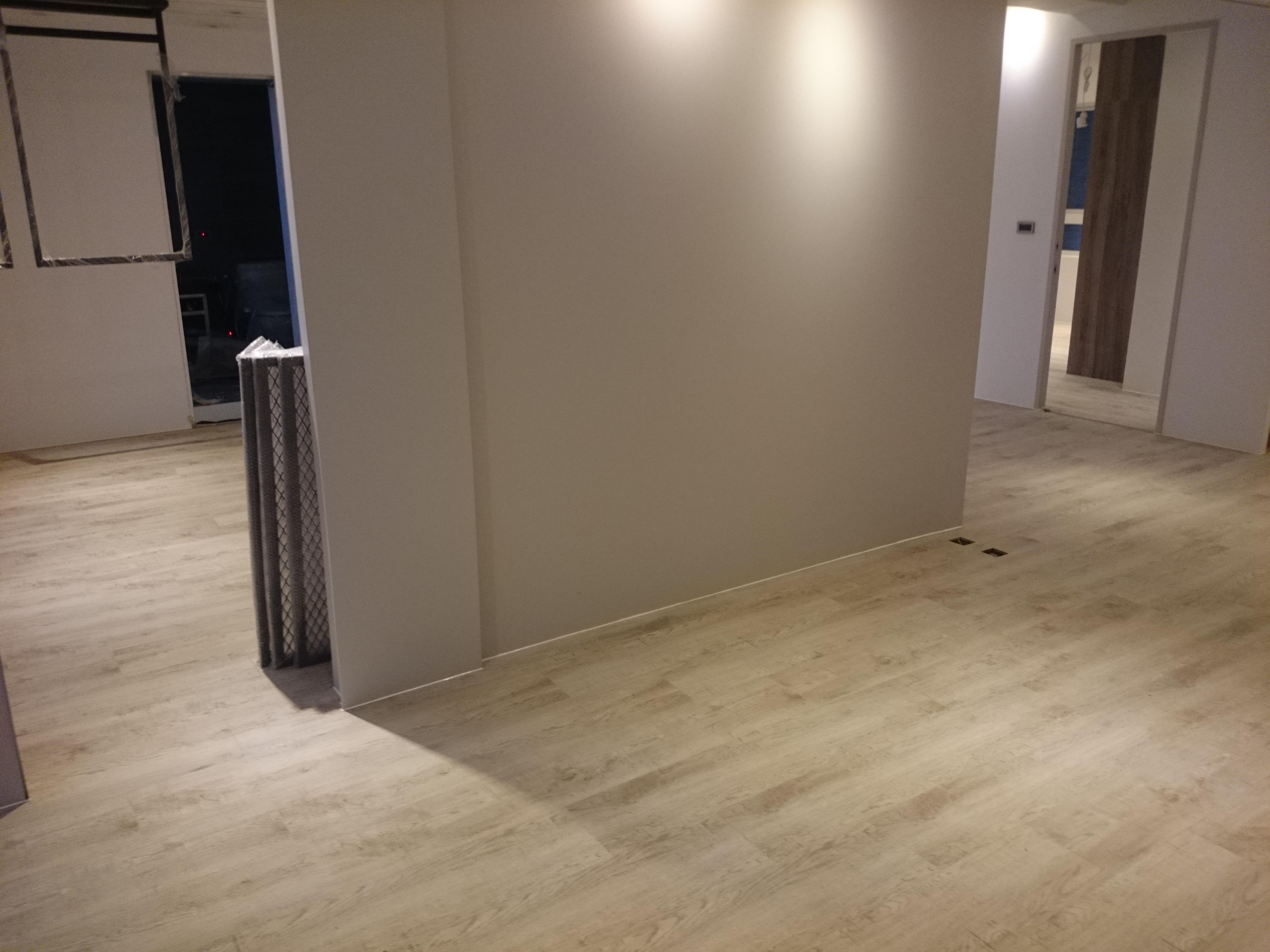 超耐磨地板 碳化基材  鋸痕紋理系列 宙斯(新北三重)