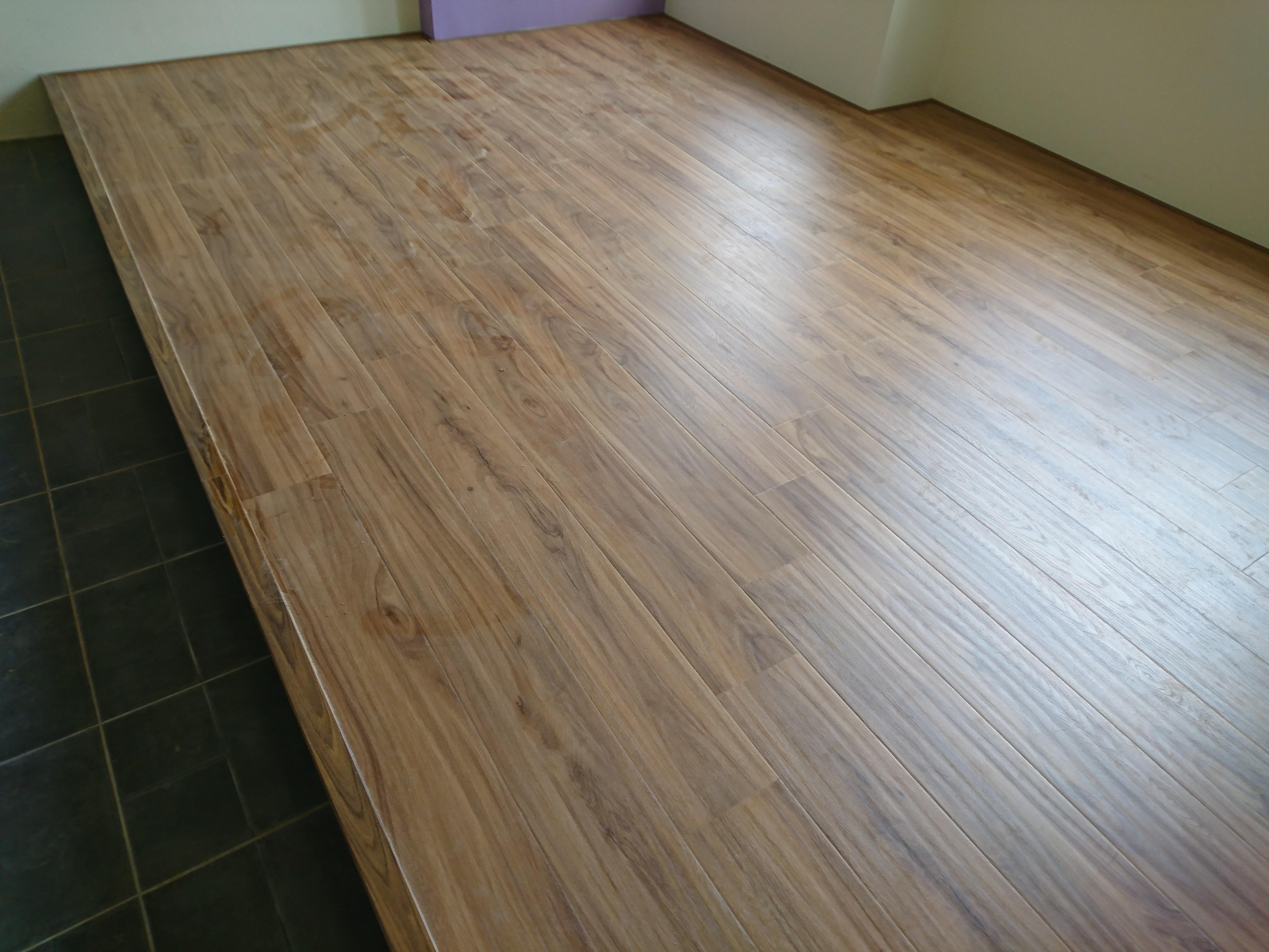 美瑞格Mercury 超耐磨地板 皇家白柚
