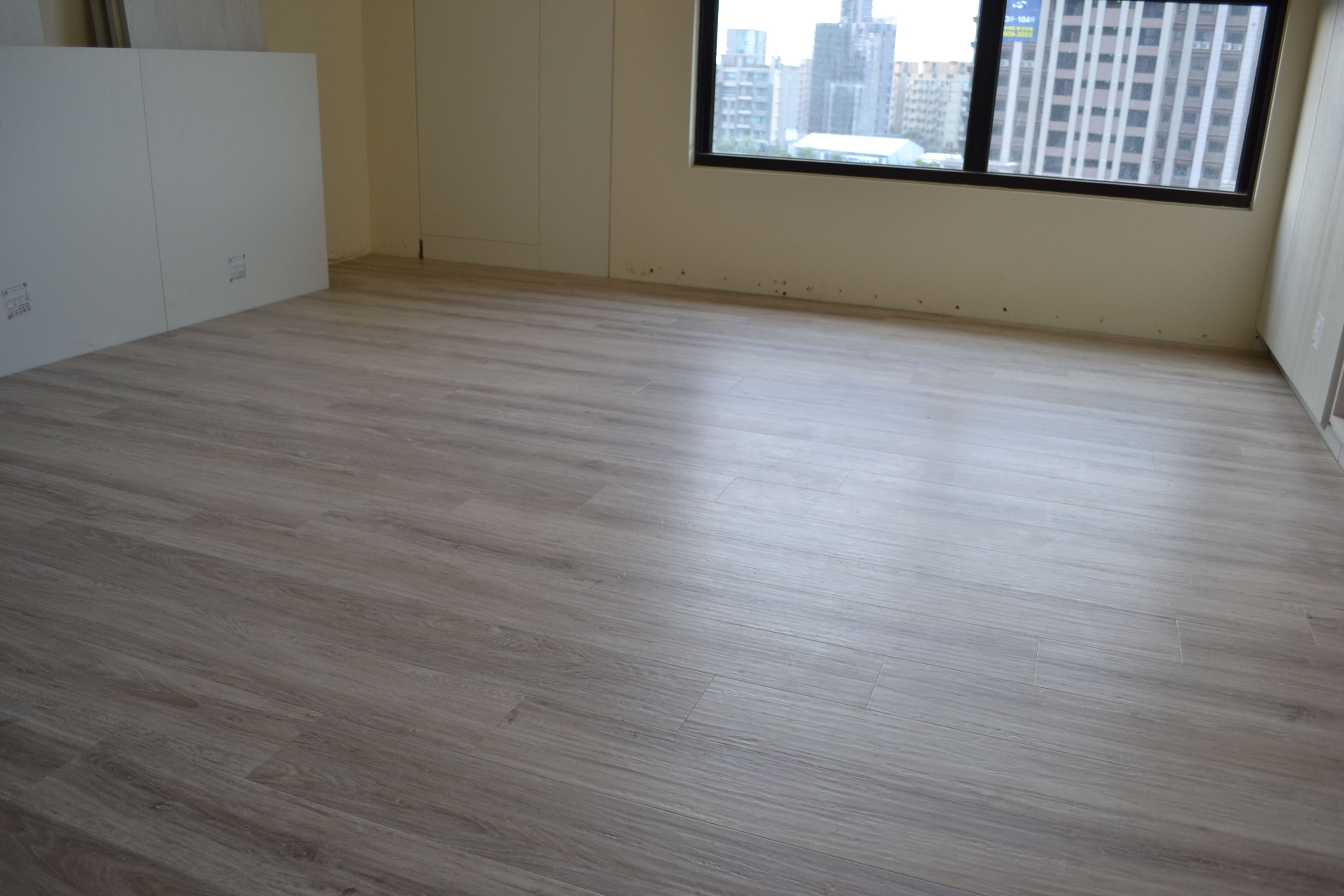 MeiJer WPC高密度木塑鎖扣超耐磨地板 6201 白色橡木 Oak Royal White Limed