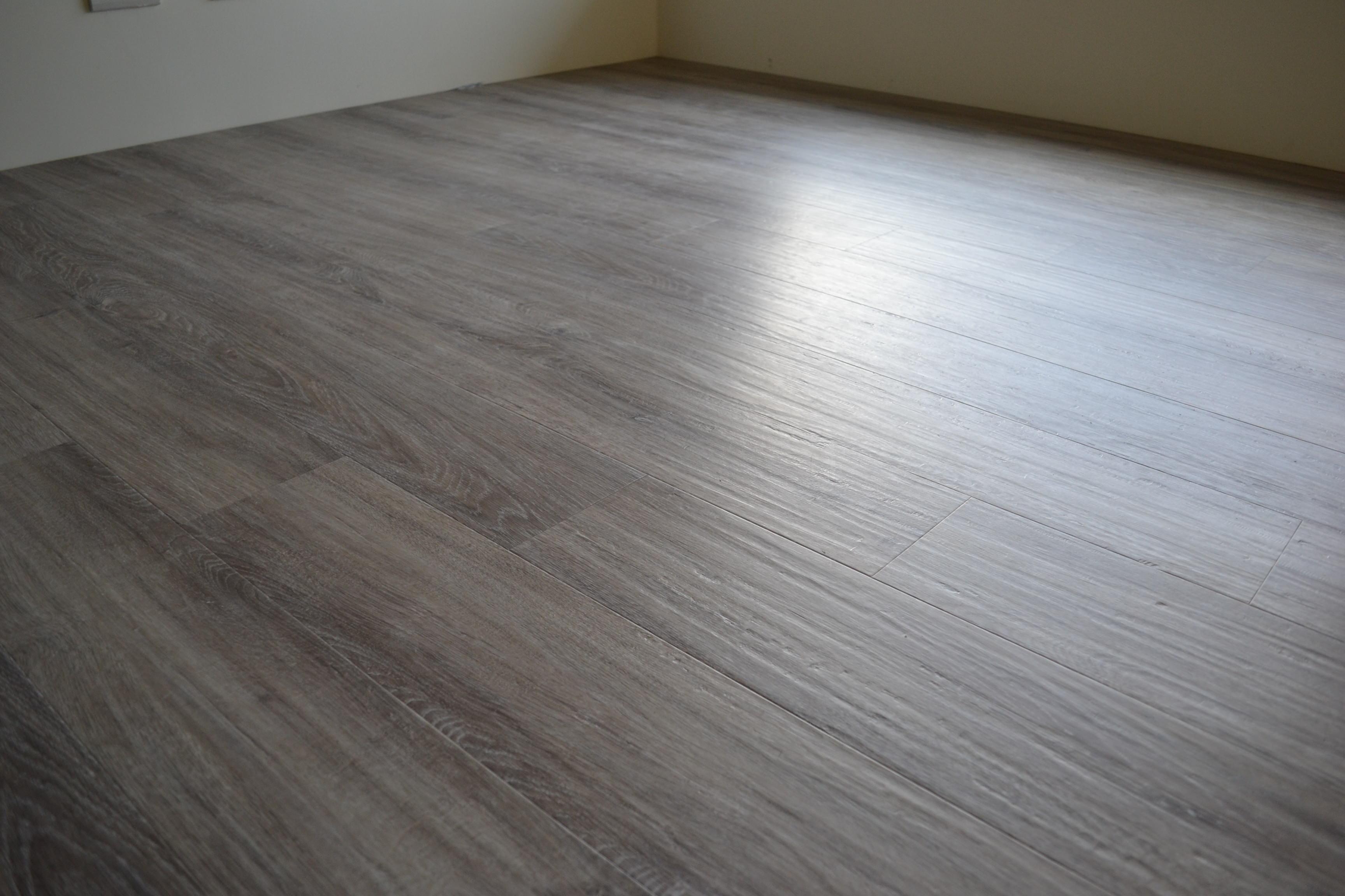 MeiJer WPC高密度木塑鎖扣超耐磨地板 6202 灰色橡木 Oak Pastel-Grey (3)